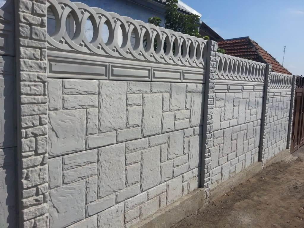 Осирис и бетонная панель Гиза